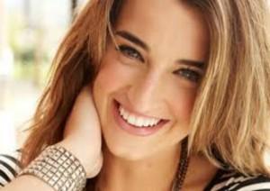Holly Starr headshot